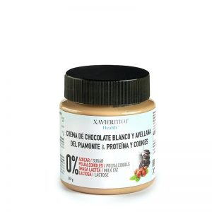 Crema blanca con avellanas sin azúcares añadidos proteina y oreo