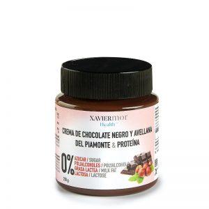 Crema de cacao con avellanas sin azúcares añadidos.